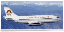 America West Airlines Boeing B.737-2Q8 N137AW