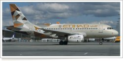 Etihad Airways Airbus A-319-132 A6-EIE