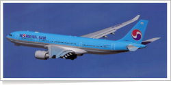 Korean Air Airbus A-330-223 HL8212