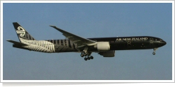 Air New Zealand Boeing B.777-319ER ZK-OKQ