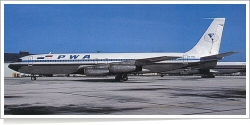 Panama World Airways Boeing B.707-344 HP-885